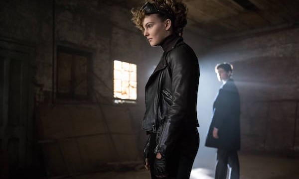 "GOTHAM: L-R: Camren Bicondova and David Mazouz in the ""Rise of the Villains: The Son of Gotham"" episode of GOTHAM airing Monday, Nov. 23 (8:00-9:00 PM ET/PT) on FOX. ©2015 Fox Broadcasting Co. Cr: Jeff Neumann/ FOX"